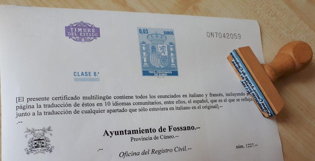 Traducción jurada con timbre del estado y sello
